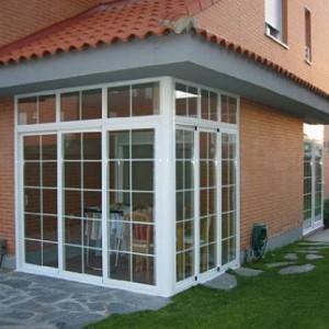 Cerramientos con puertas ventanas fijas